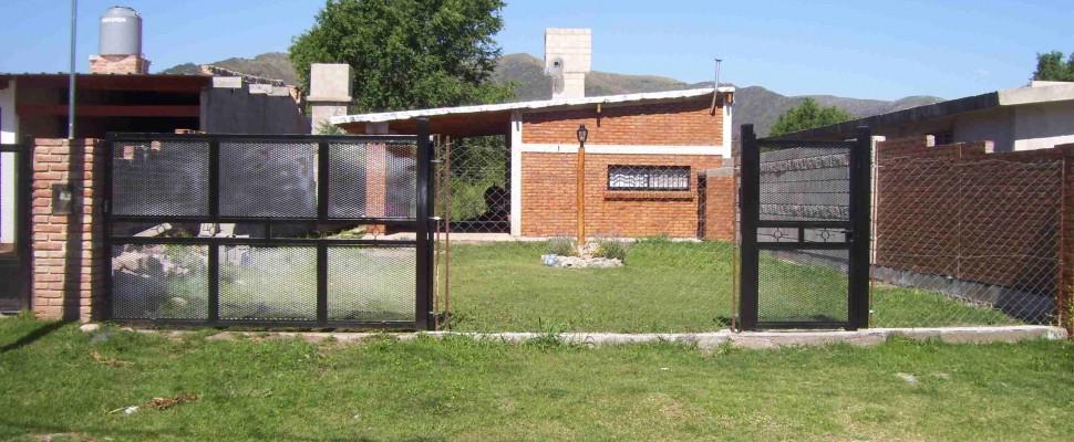 Casa nueva Alq. Temporario p/4 o 5 personas en Valle Hermoso z/La Falda