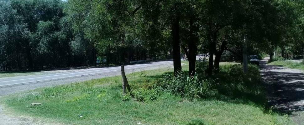 Lote s/ruta 894 m2 en esquina --Casa Grande