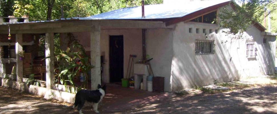 Casa c/piscina 4000 m2 lote-Villa Parque . El Peñón Este-